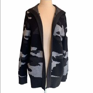 Cable and gauge camo hoodie cardigan